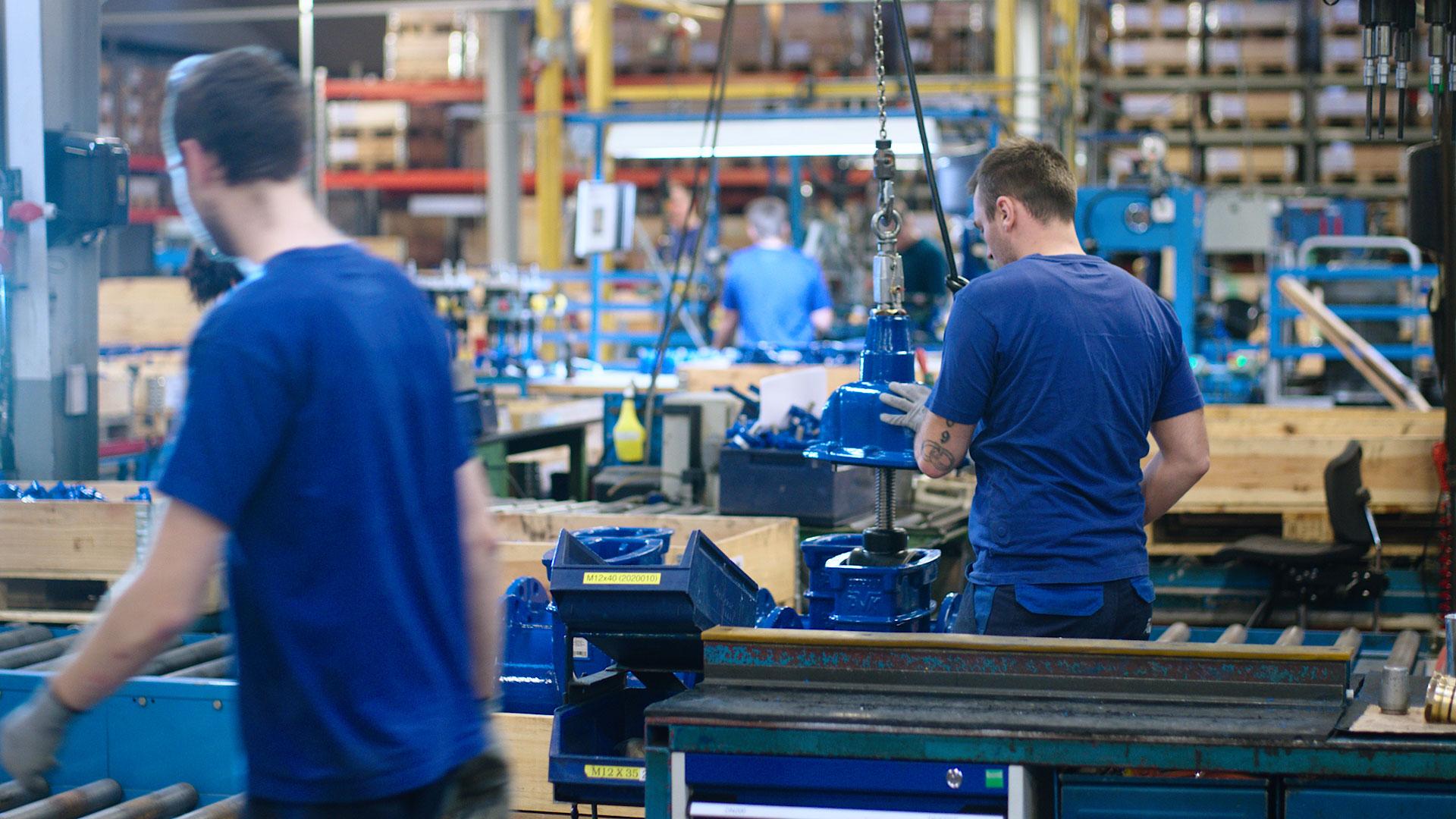 Imagine din interiorul fabricii