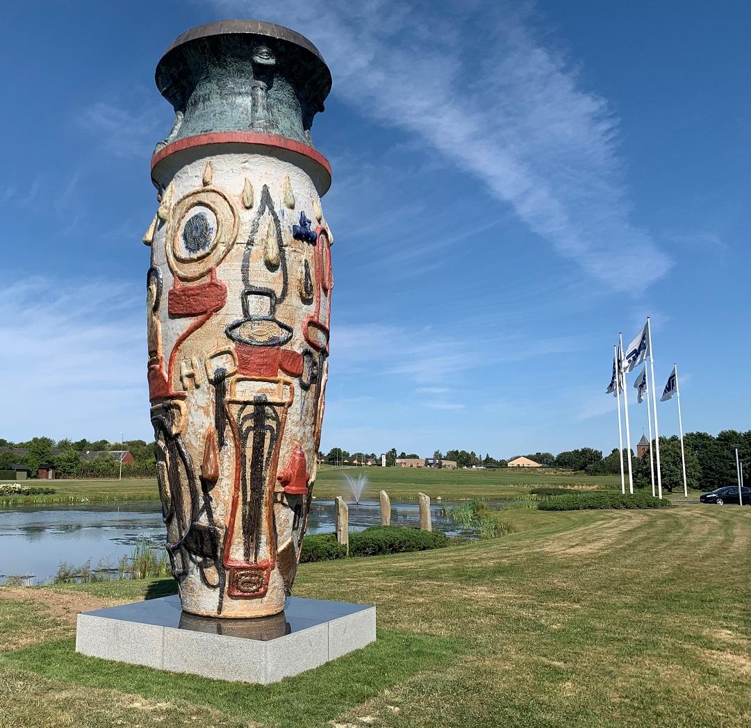 Monument ceramic AVK, un tribut pentru resurse vitale